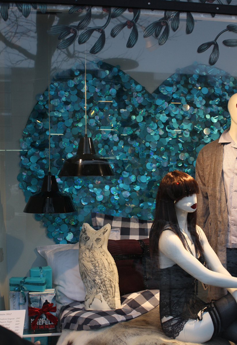 SEQUINS (Magasin du Nord) - Tracy Kendall Wallpaper